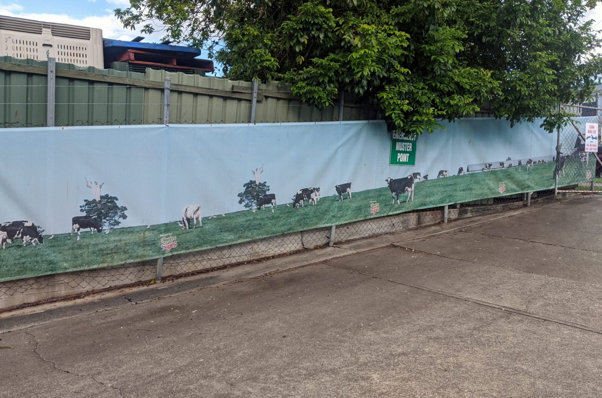 Fence Mesh Banners (1)
